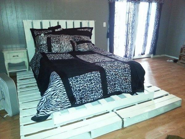 Best 25 pallet platform bed ideas on pinterest diy bed for Platform bed made from pallets