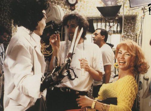 more behind the scenes Edward Scissorhands. Love this movie.