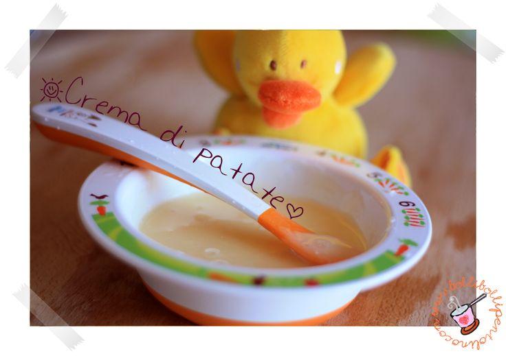 Ricetta semplice della crema di patate per lo svezzamento dei bambini, adatta dai 6 mesi di età
