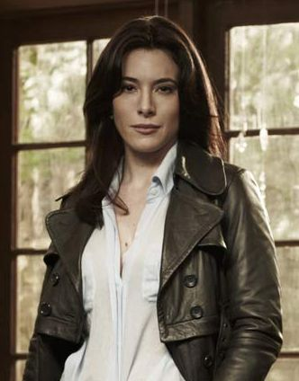 Jaime Murray in Warehouse 13 as H. G. Wells. Fangirls everywhere constantly drop dead. thanks for that...