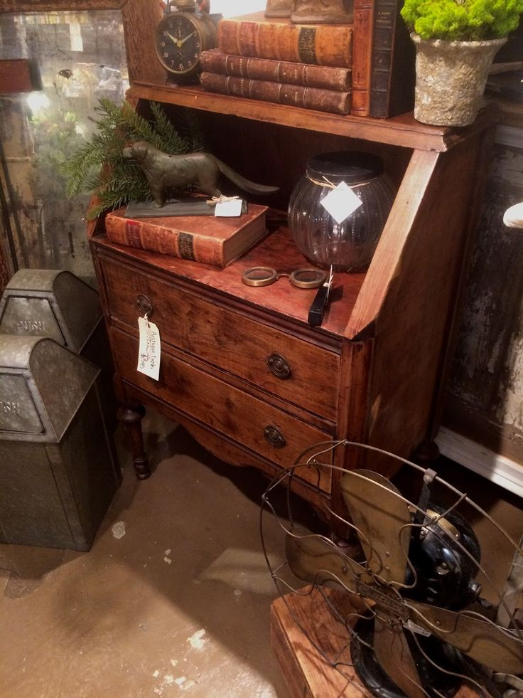 Petite Antique Desk With Drawers Ballard & Blakely Hours: Tuesday -  Saturday 10:00 - 52 Best Antique Furniture Images On Pinterest Antique Furniture