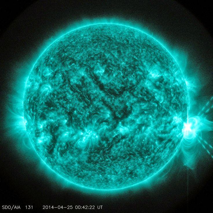 X-klasse zonnevlam uitbarsting - Google+