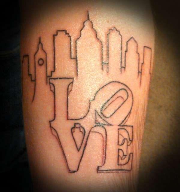 best 25 skyline tattoo ideas on pinterest city tattoo skyline and nyc tattoo. Black Bedroom Furniture Sets. Home Design Ideas