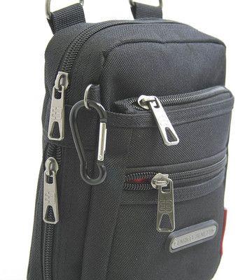 #taška #doklady Menší černá taštička přes rameno na doklady značky Enrico Benetti. Multifunkční kapsa, kterou lze připnout na opasek. Jednoduše odpojíte popruh karabinou a na kapsu nasunete opasek o maximální tloušťce 5,5 cm. Taštičku si zamilujete. Je velice prakticky, ale i designově vyřešená - má podelné připevnění popruhu a lépe tak sedí na těle.