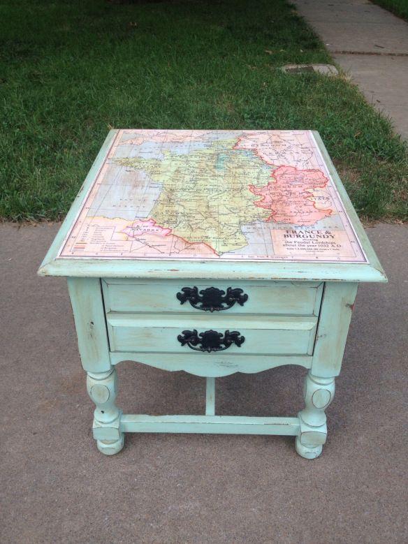 Eine Landkarte die Möbel aufwertet :) Ich finde es genial!