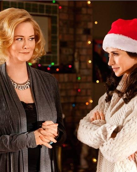 "Cybill Shepherd and Jennifer Love Hewitt on ""The Client List."""