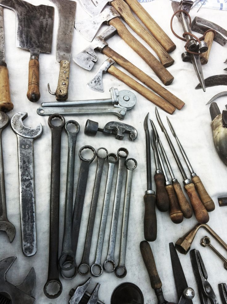 betweenthewoodsandthewater:    I love old tools.