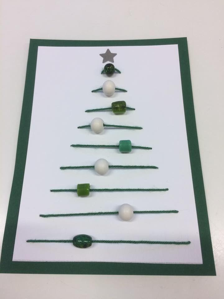 """""""Joulukortteja"""" (0.-2.lk) Valkoiselle kartongille ommeltu ja lopuksi viimeistelty laittamalla tuo vihreä paperi taustalle. (Alkuopettajat FB -sivustosta / Satu Lehikoinen)"""