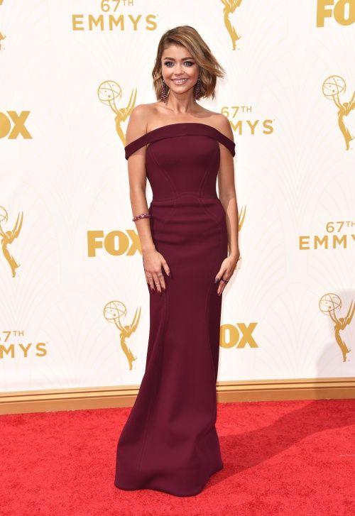 Sarah Hyland Emmys 2015   Brides.com