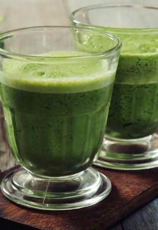 Suco de couve é bebida detox que extermina barriga e celulites; veja receita - Bolsa de Mulher