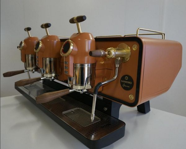 #SpechtDesign Brass highlights, matt black legs, drip tray and cup tray, custom made walnut handles, actuator knobs and antique glass mirror back panel. #SanremoOpera #Sanremo
