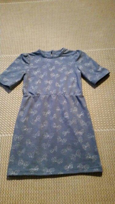 Dress size 140