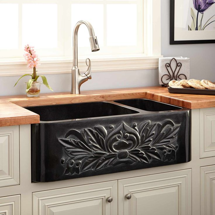 "33"" Ivy 70/30 Offset Double-Bowl Polished Granite Farmhouse Sink - Black"