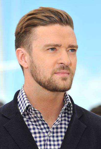 Is it just me or does Justin Timberlake get better looking and sexier with age!!! >>> <3
