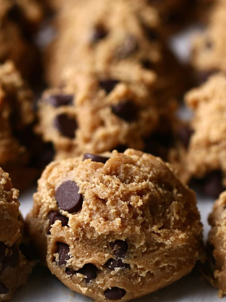 This Easy Chocolate Chip Cookie Dough Is Great For Food Prep