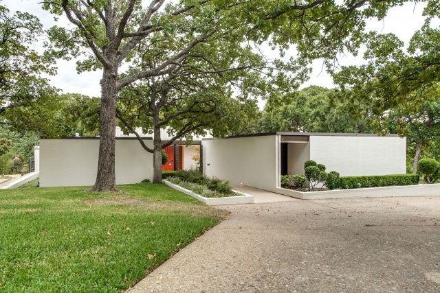 81 best images about dallas mid century modern real estate for Mid century modern homes dallas