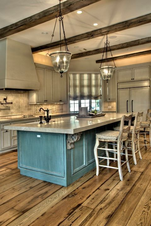 Turquoise Island Kitchen Design