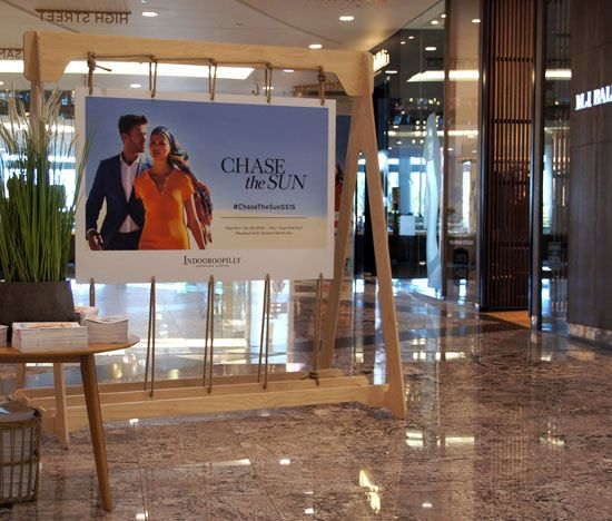 "INDOOROOPILLY SHOPPING CENTRE, Brisbane, Australia, ""Summer Fashion Campaign"", creative by POD, pinned by Ton van der Veer"
