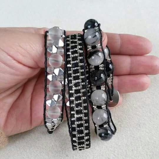 Pulsera de 3 vueltas. Cuarzo rutilado, miyuki beads, cristal checo transparente y cristal checo galvanizado color plata