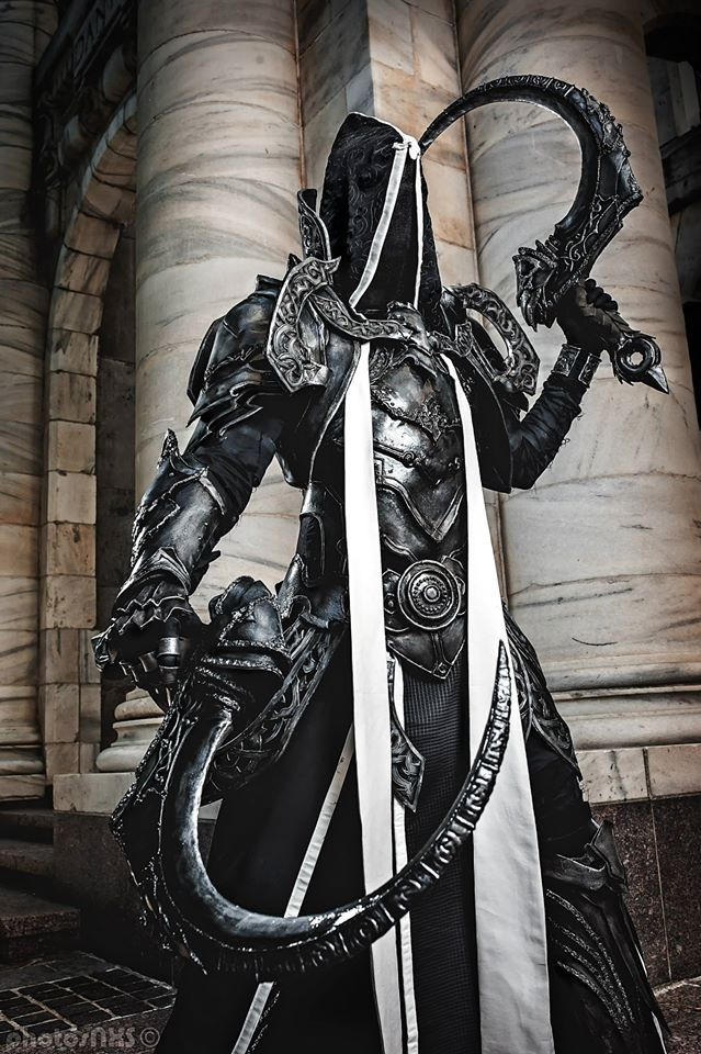 Epic Reaper of Souls-Malthael from  Diablo III by Seraph Cosplay. Photo by Photosnxs