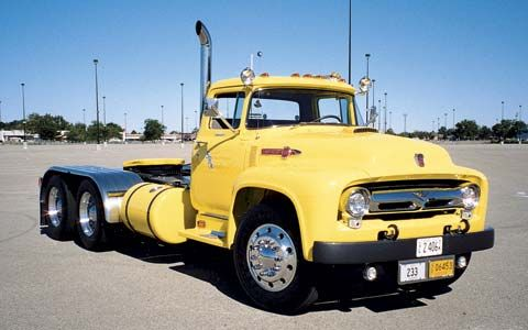 Ford F-800......love this!