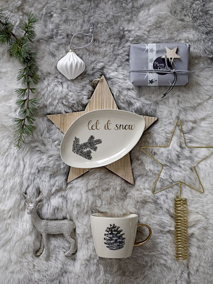 True Nordic Christmas! Grey base with gold and wooden touches. Bloomingville Christmas