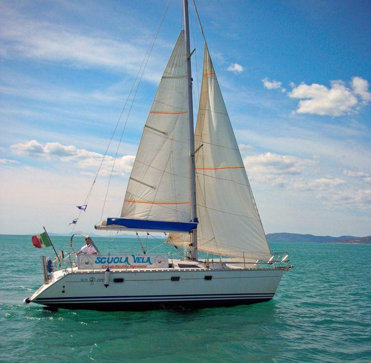 Non solo Windsurf e Kitesurf la Maremma è ideale anche per chi ama andare a Vela