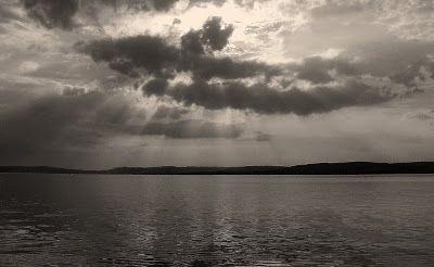 Fényjegyzetek: Víztükör és naplemente