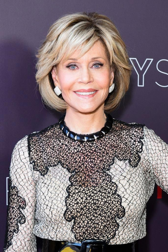 Jane Fonda Bob Jane Fonda Showed Off A Perfectly Styled Bob At The Netflix Fysee Event For Grace A Haarschnitt Stile Frisuren Halblanges Haar Long Bob Haare