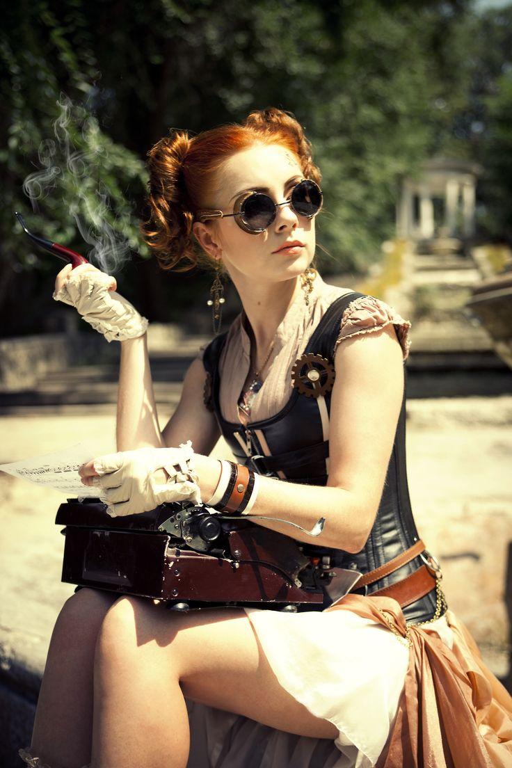 Steampunk Tendencies   Model : Red Hair - Outfit : Radoobutuc - Photo : Irina Braga #Fashion #Steampunk