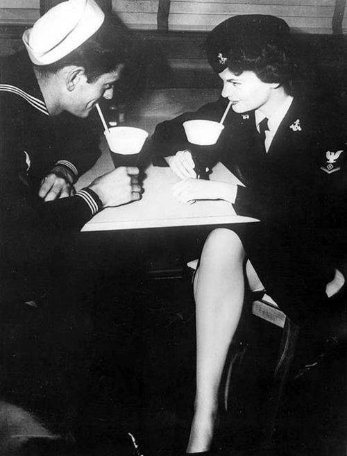 cute date night 1940s... Go on a date to a local shake/ ice cream parlor!