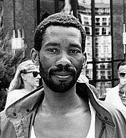 #26nov57 > Nasce Simon Tseko Nkoli (Soweto, 26 novembre 1957 – Johannesburg, 30 novembre 1998) è stato un attivista sudafricano, si è battuto per i diritti delle persone omosessuali e contro apartheid e AIDS.   È stato membro del consiglio di amministrazione dell'ILGA (International Lesbian and Gay Association), dove ha rappresentato l'Africa.