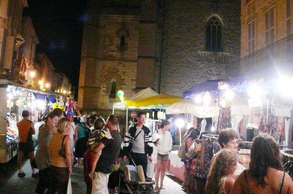 Les marchés de nuit lectourois reprennent./ Photo DDM archives Ysabel./////LECTOURE  GERS