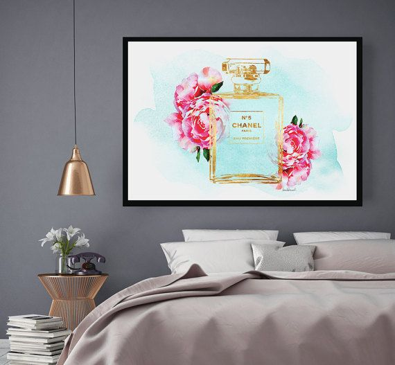 Watercolor perfume poster with foil effect.  - Dimensions:24X36 inches (other sizes are available) - Printed on archival, acid-free paper. - Museum-quality posters made on thick, durable, matte paper. - Most art comes with Signature on. - If you like an item in my shop but would like a different colour or style, just send me a message. - Colors depicted on your screen may be slightly different from the actual print, due to screen settings. - Any metallic foil is an effect, it is a photo of…