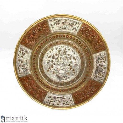 Antichitati budiste, vechi platou, argint, cupru & alamă / Buddhist antiquities, old plateau, silver, copper & brass