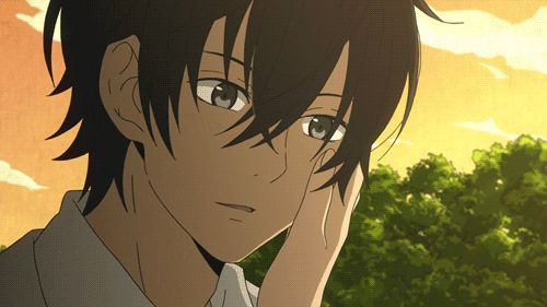 """This is from the anime """"My Little Monster."""" The boy in the gif is Haru Yoshida."""