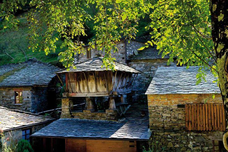 Taramundi. Diez pueblos muy bonitos de Asturias teñidos de verde