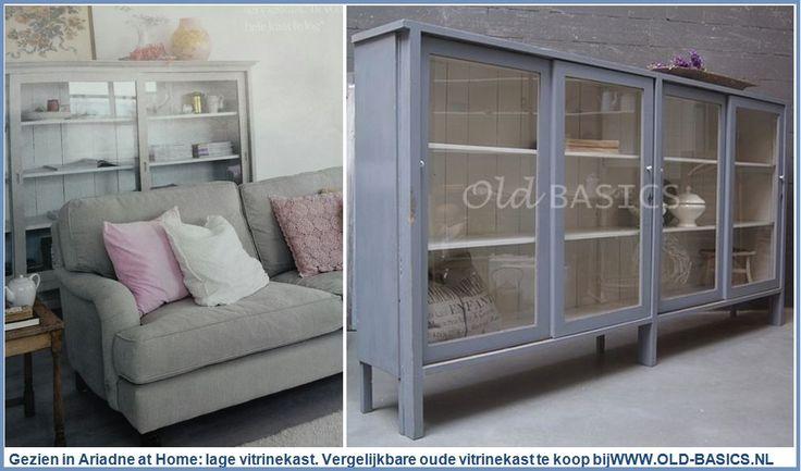 Lange half-hoge vitrinekast. Old basics heeft soortgelijke kast te koop; uniek oud in een prachtige blauw-grijze kleur. Wil je ook zo'n gave kast, maar heb je andere wensen qua kleur of maat? Bij Old BASICS kunnen we deze kast in elke maat en RAL kleur maken; met een echte oude uitstraling! Kijk op de website : http://www.old-basics.nl/webwinkel/kasten/3757/vitrinekast10158/ Webwinkel vol landelijke meubels, brocante, vintage, industrieel : www.old-basics.nl