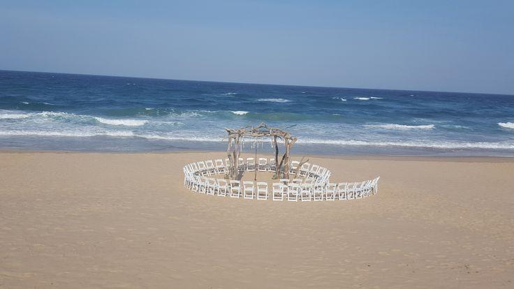 White Pearl Resorts Driftwood Altar