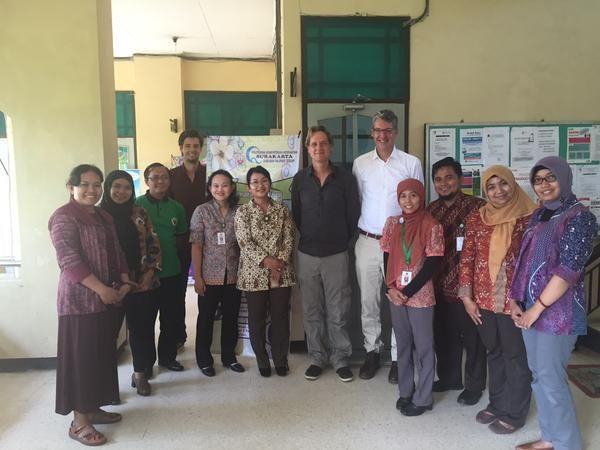 HvA-studenten van opleidingen fysiotherapie, ergotherapie en verpleegkunde bezoeken Universiteit Surakarta!