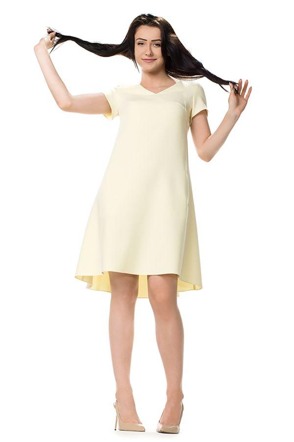 Cytrynowa trapezowa sukienka. A shape pale yellow dress.