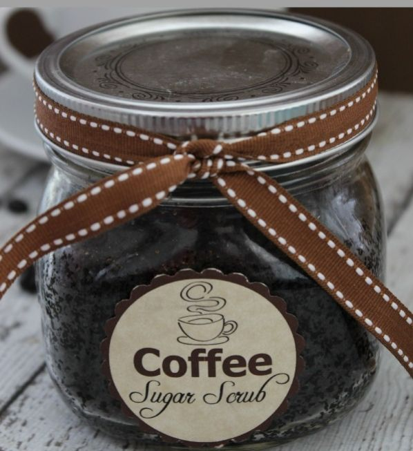Coffee Sugar Scrub--what a wonderful way to wake up! And so easy to make as a fun gift for friends, neighbors and the holidays.  Avery Full-Sheet Labels work great for the free printable. Just print, peel and stick. You can design your own label for free too, if you like using Avery Labels and free printables at Avery Design & Print Online.
