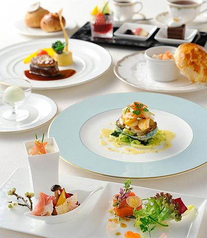 ウエディング 料理・ケーキ フランス料理|最高の結婚式場での結婚式・ウエディングをお考えなら東京のホテル椿山荘東京で。【公式サイト】