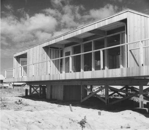 25 best rm 1962 lambert house images on pinterest for Fire island house richard meier