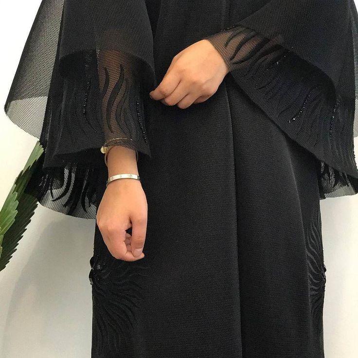 Repost @thetwinsabayas with @instatoolsapp  لنستقبل طلباتكم لمدة محدوده لعيد الاضحى .. الكولكشن متوفر في @thedistrictdubai #subhanabayas #fashionblog #lifestyleblog #beautyblog #dubaiblogger #blogger #fashion #shoot #fashiondesigner #mydubai #dubaifashion #dubaidesigner #dresses #capes #uae #dubai #abudhabi #sharjah #ksa #kuwait #bahrain #oman #instafashion #dxb #abaya #abayas #abayablogger #абая