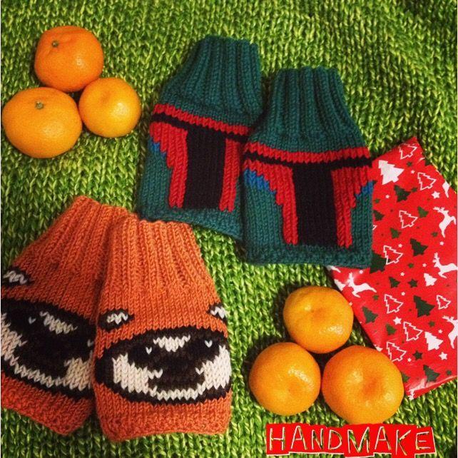Find your Star Wars gift on Handmake store #handmake #handmade #knittersofinstagram #knitting #accessories #kyloren #ewok #StarWars #bobafett #theforceawakens #darthvader #kyloren #r2d2 #StarWarsDay #lucasfilm #mittens #fingerlessgloves #souvenir #gift #etsy #etsyfind #митенки #аксессуар #подарок #ручнаяработа #сувенир #ЗвездныеВойны #эвок #лукасфильм #кайлорен #бобафетт