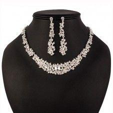 SET bijuterii mireasa Safiria colier si cercei placate cu cristale stralucitoare si Argint 925