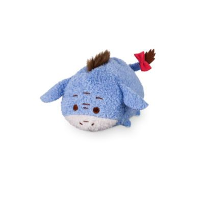 This Eeyore Tsum Tsum mini soft toy is colourful and stackable. This cute concept from Japan offers a quirky version of the classic Disney star, with 3D details and a squeezy bean bag tummy.