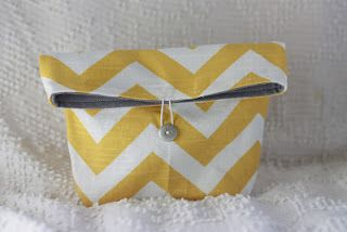 Tutorial: That Morris Family shows how to make this foldover pouch. Works as a make-up or a basic clutch purse... http://thatmorrisfamily.blogspot.com/