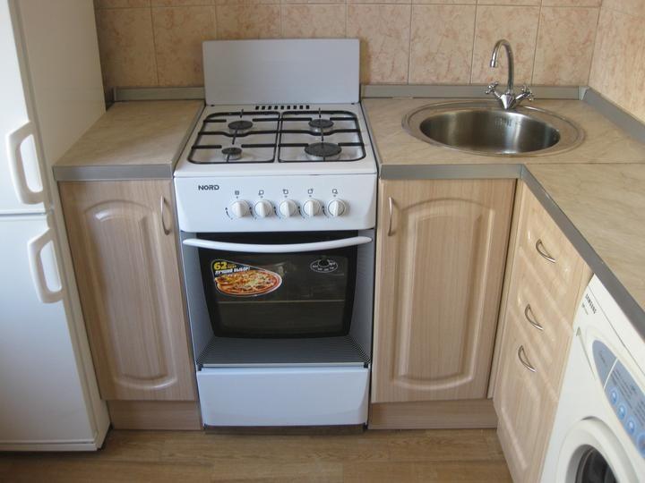 угловой гарнитур для маленькой кухни: 26 тыс изображений найдено в Яндекс.Картинках